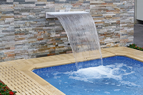 20355759 - small modern spa pool with water flow