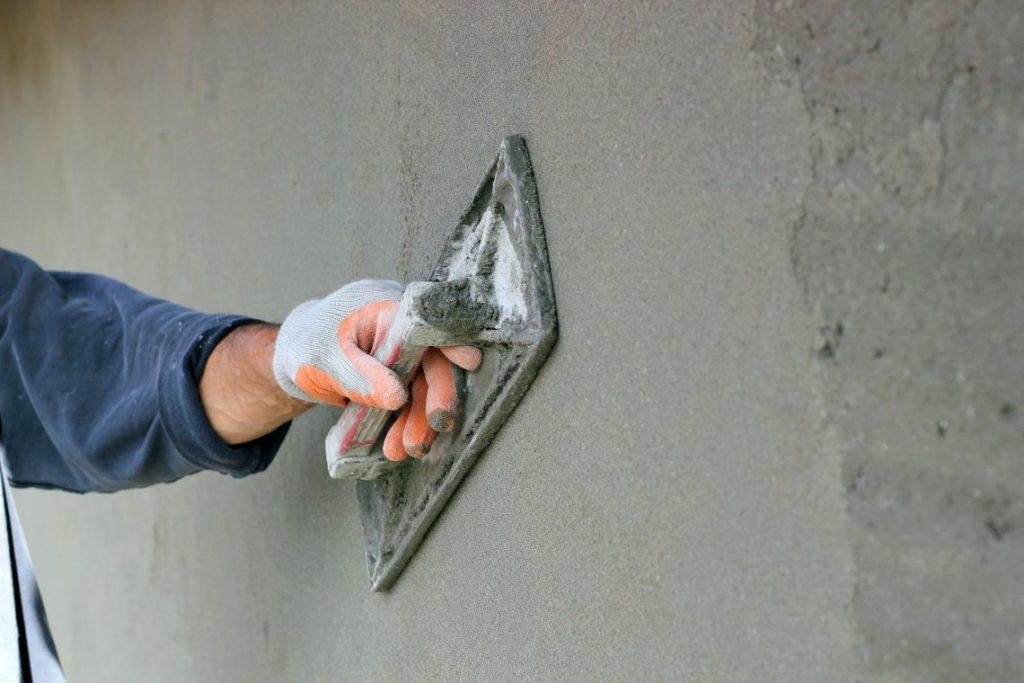 Plastering-591226225cc3e-1140x760